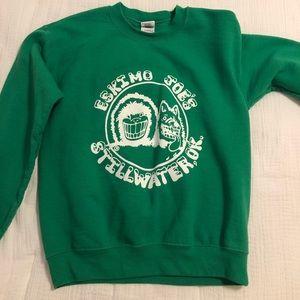 Kelly green sweatshirt